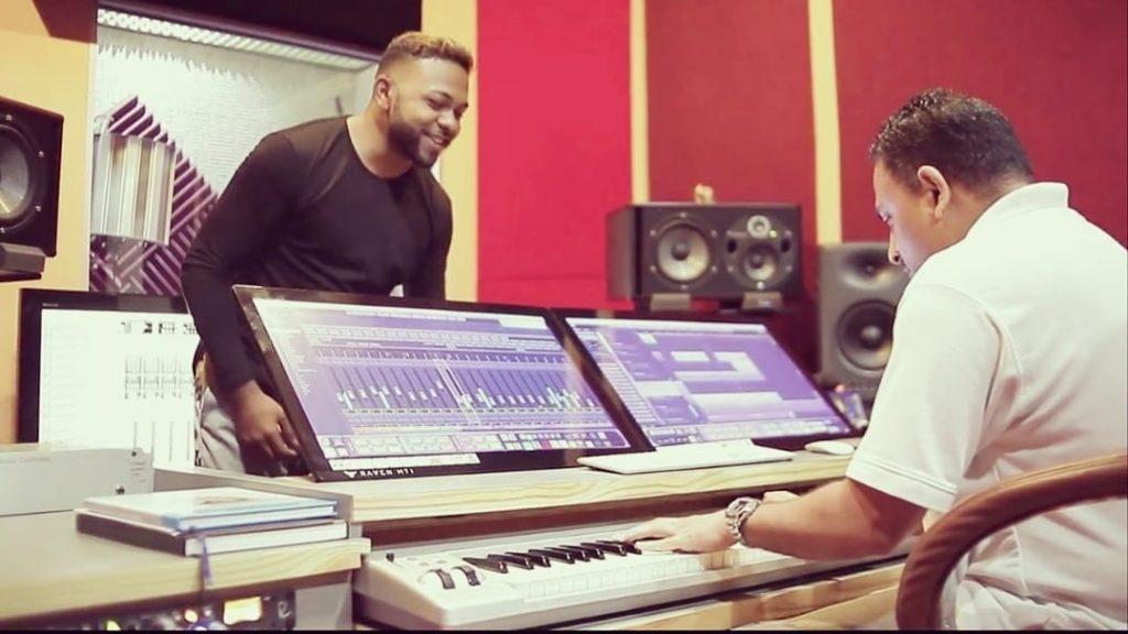 Bom Diggy By Vee Ram, Nisha B. & Ravi B